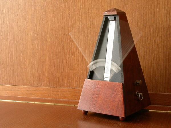 Practicing jazz guitar with a metronome