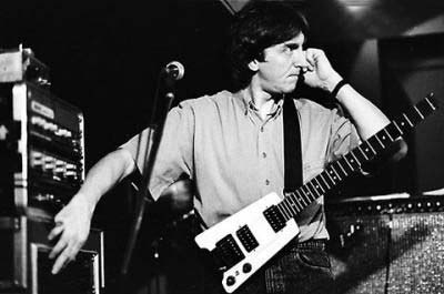 Allan Holdsworth and his Steinberger guitar