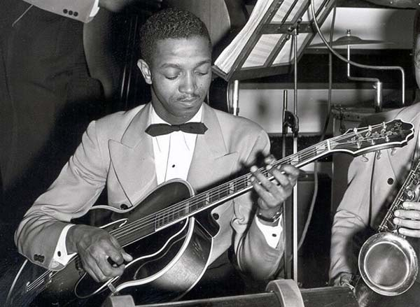 Freddie Green playing his Epiphone Emperor in the Count Basie Orchestra