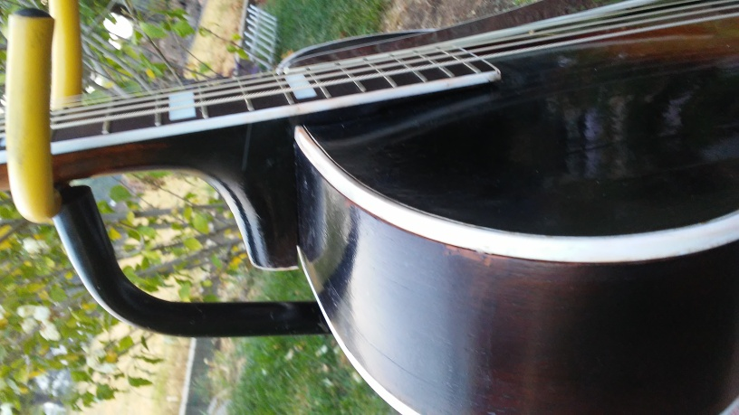 1938 Epi Broadway Neck Re-Set-bw382-jpg