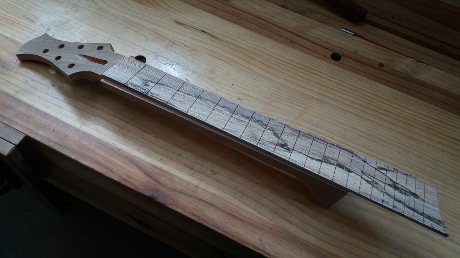 How About a Fanned Fret Archtop?-20181005_133415-jpg