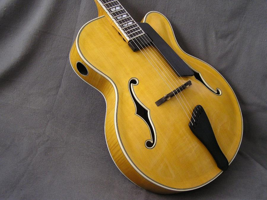 Carved archtop-p1010014-jpg