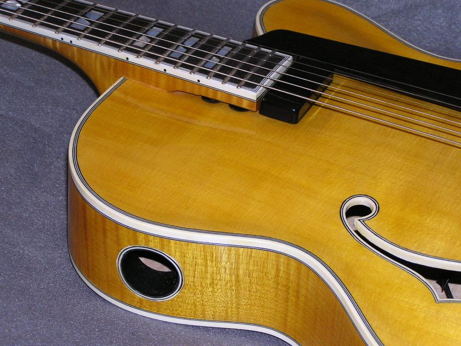 Carved archtop-p1010003-jpg