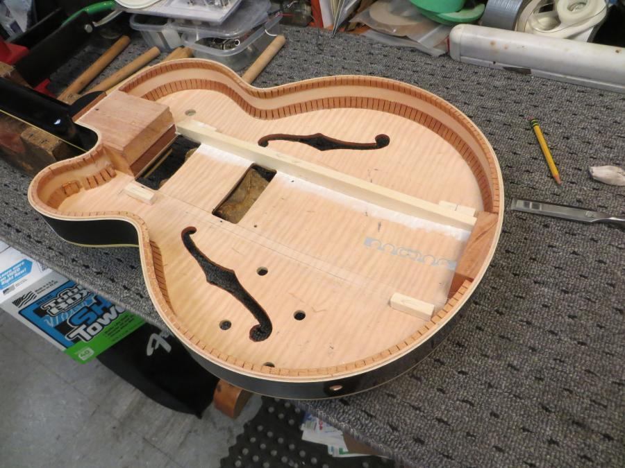 Unfortunate top brace fitting in new Gibson 275-img_0668-jpg