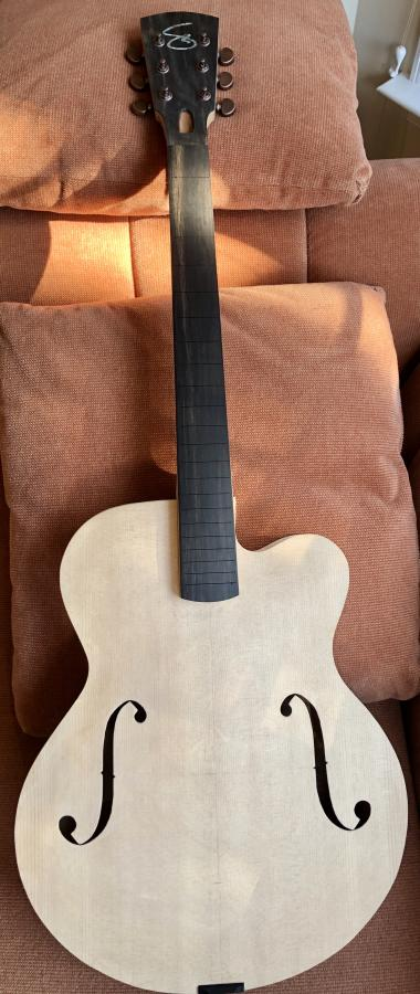 First-timer Archtop Build-6bb49b27-40d3-4e73-a912-3f211b234955_1_201_a-jpg