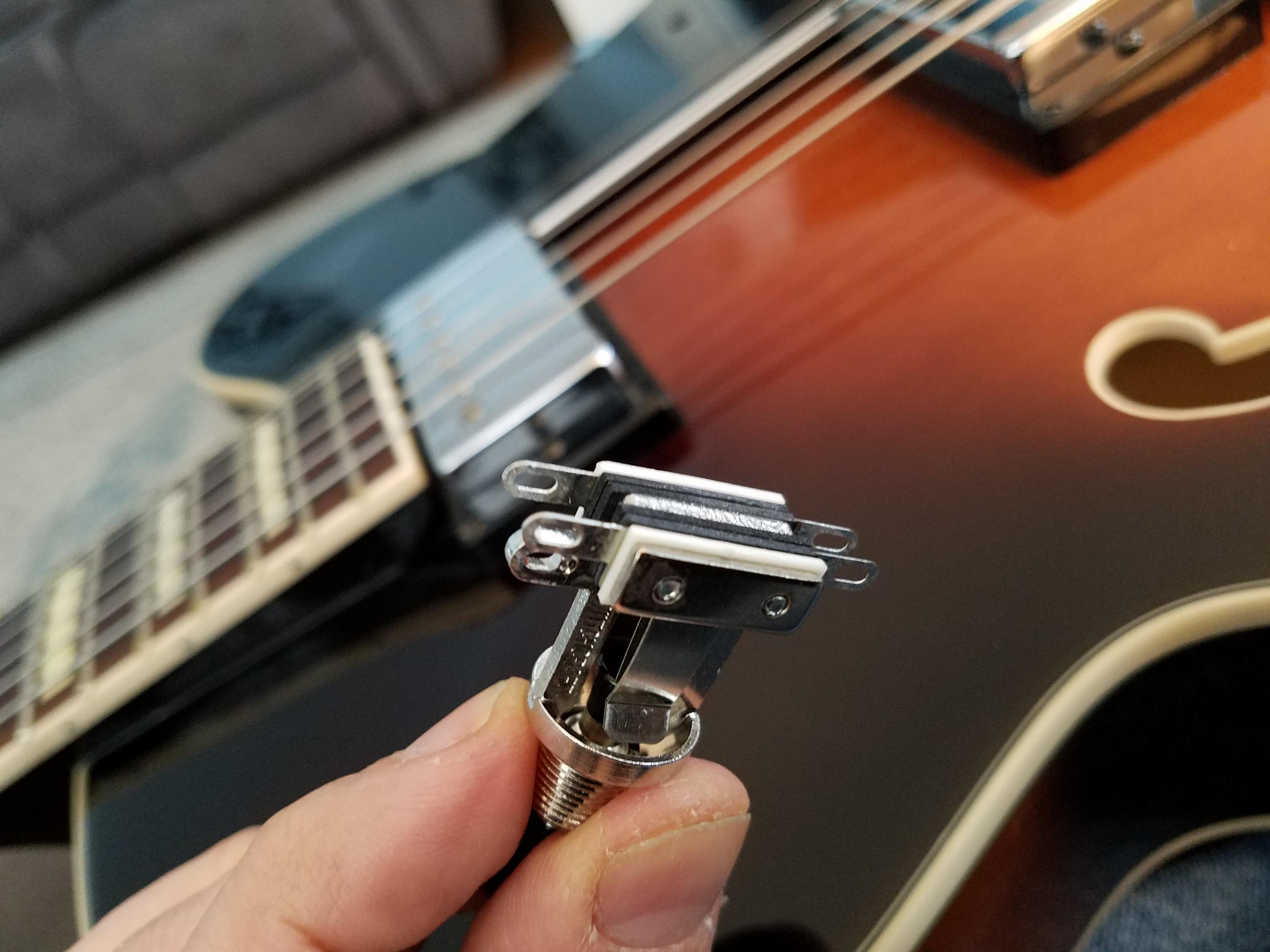 AF75 Neck Pickup Not Working-16137567310119007167158650004481-jpg