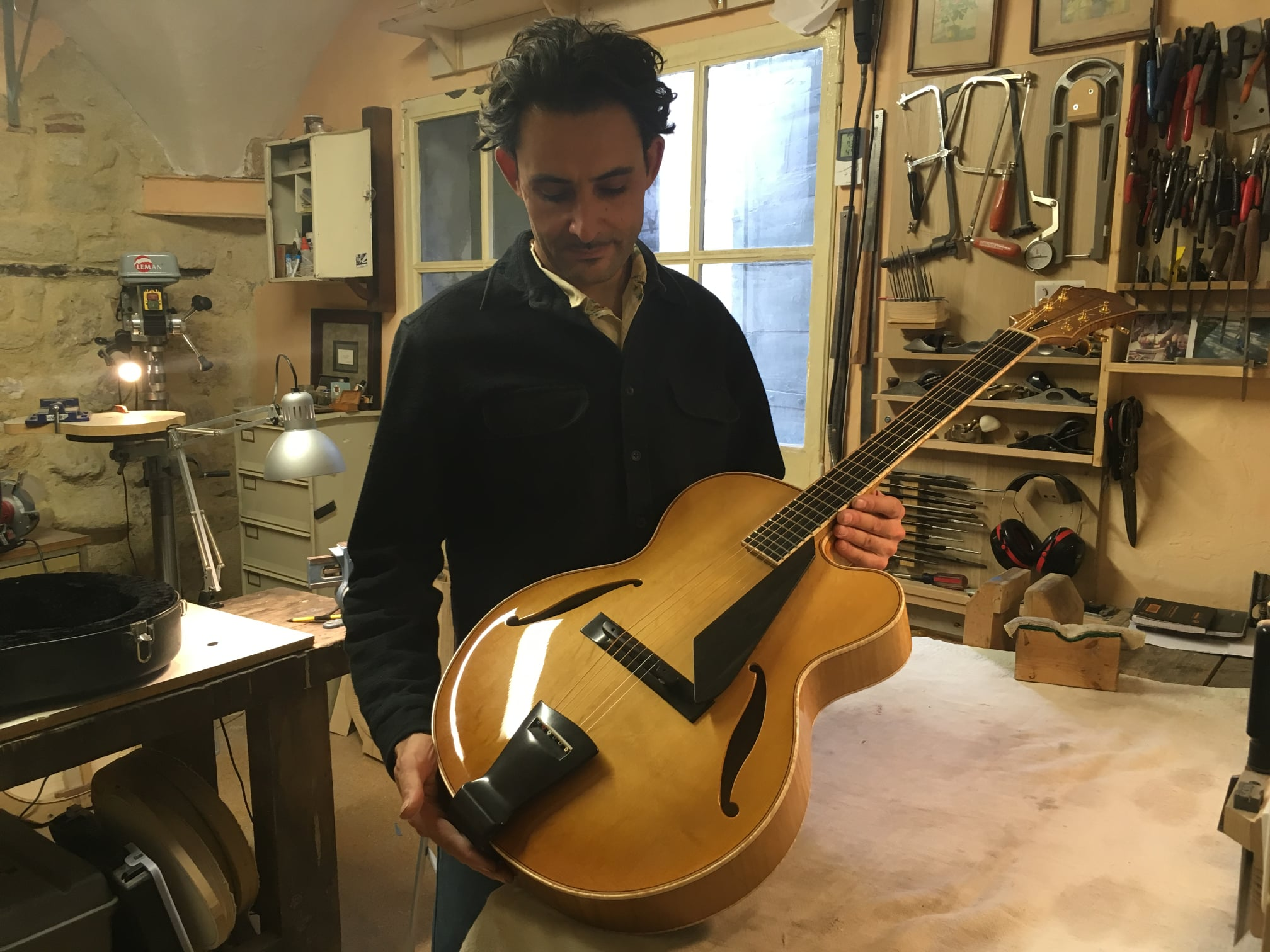 Trenier guitars-193913141_4332758970122292_3583419408571262519_n-jpg