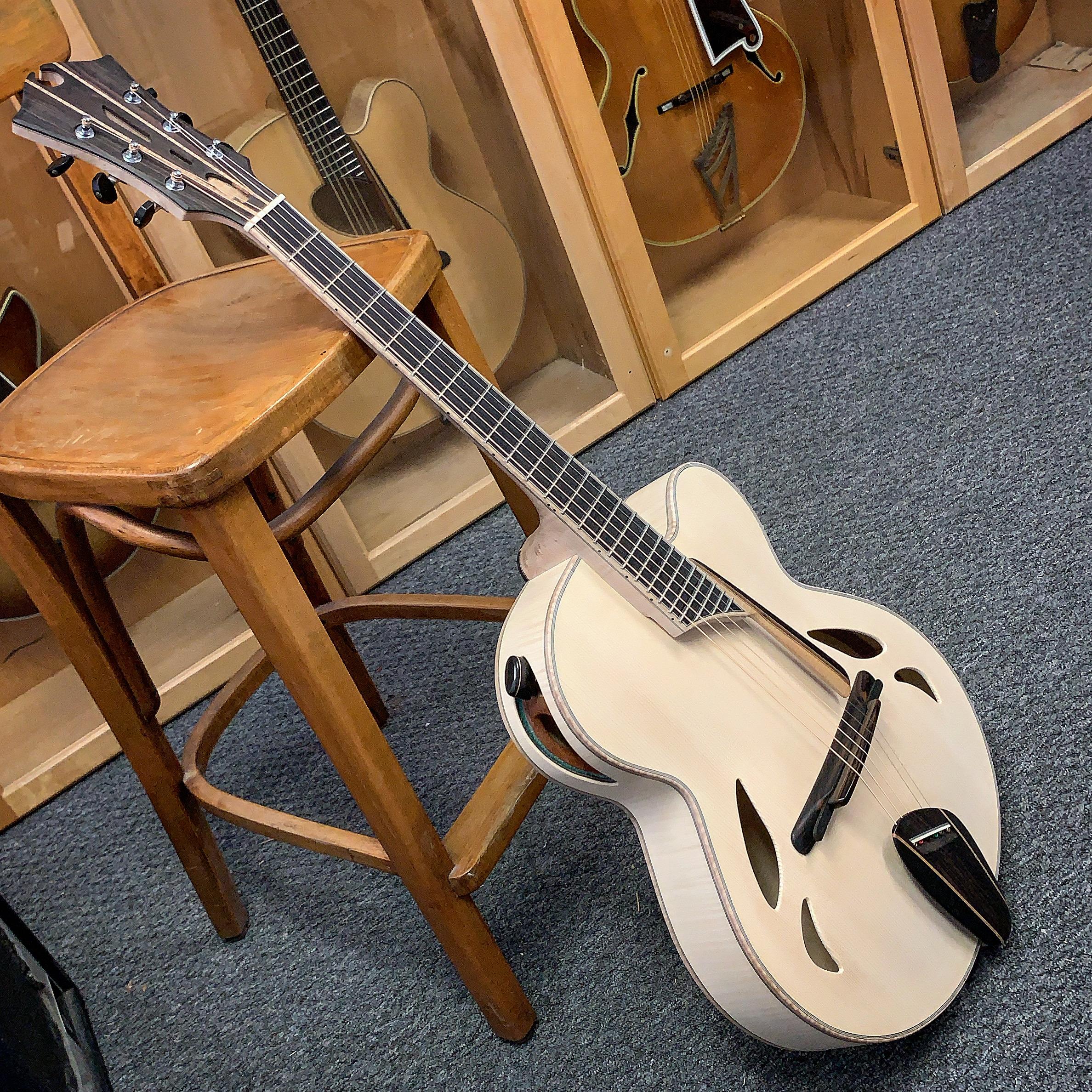 Mirabella build tread on The North American Guitar-9bf68467-b4c4-4f47-9ba8-155359d50d95-jpeg