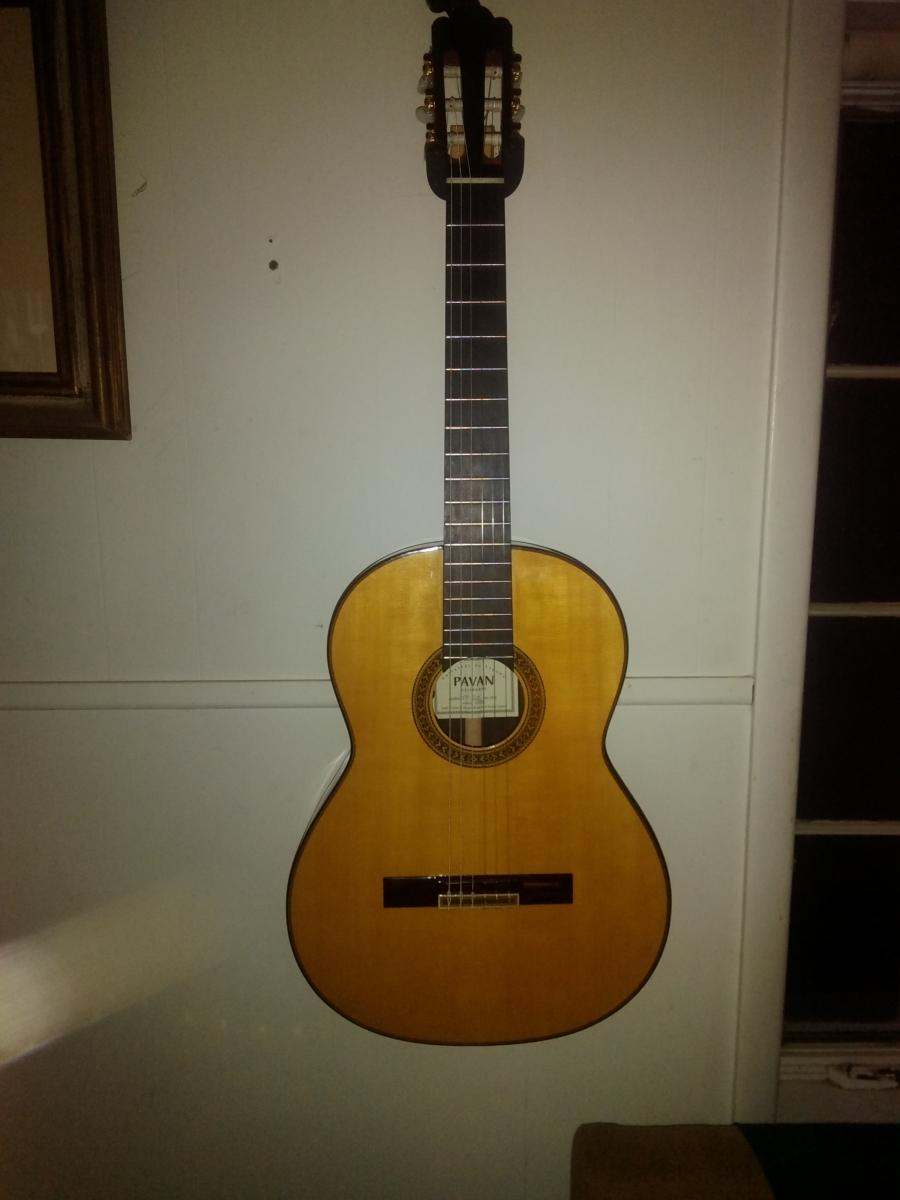 How to tell a good classical guitar?-img_20160723_2108324_rewind-1-jpg