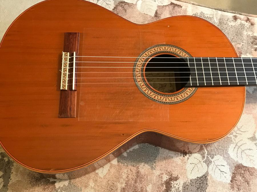 Classical style guitar for classical and jazz......-img-0730-jpg