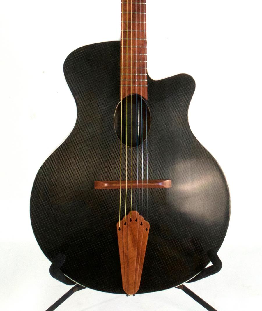 Looking for a hybrid/crossover Guitar-closeup-jpg