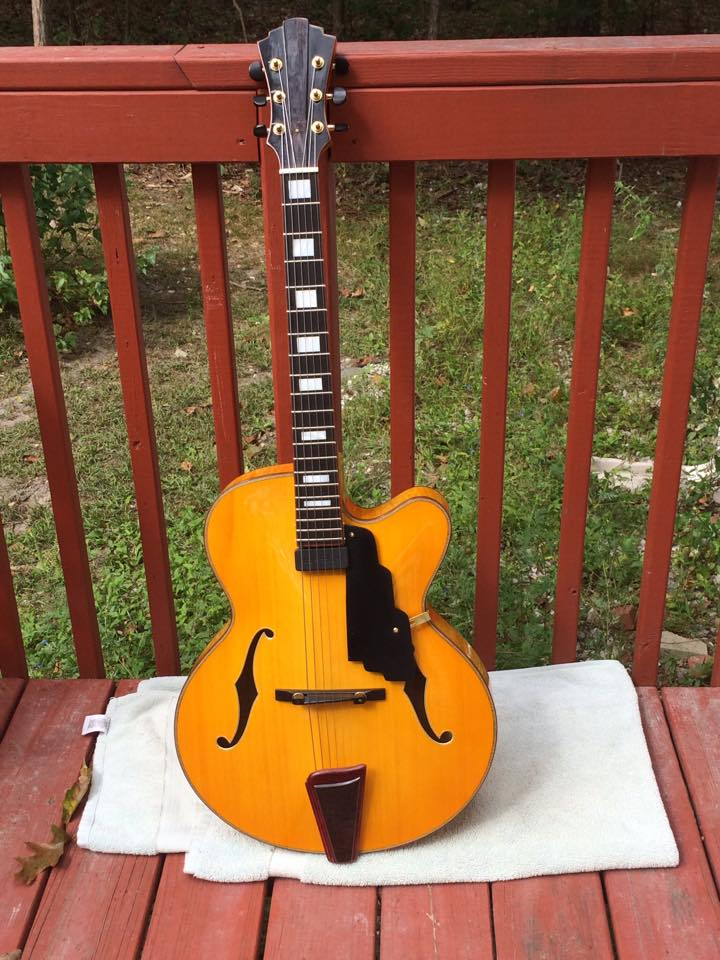 Yunzhi guitar?-10653831_10152500761037239_685583280386282999_n-jpg