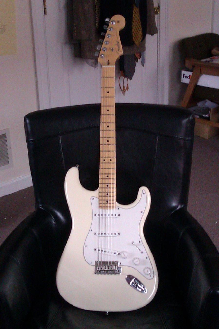 Fender Stratocaster for Jazz?-imag1063-jpg