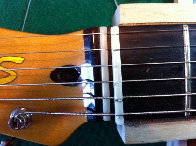 New Nut for Gibson ES-335?-img_0559-640x478-jpg
