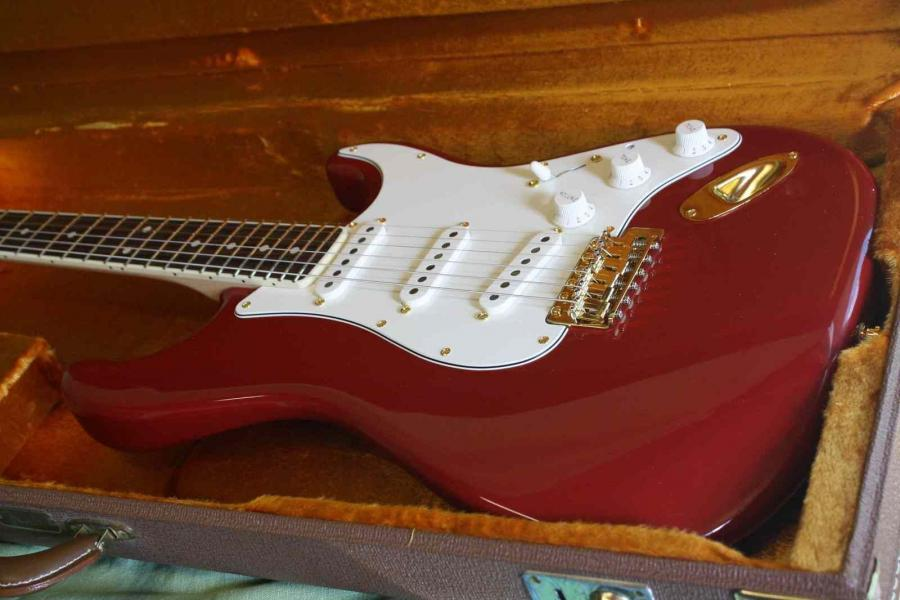 Telecaster Love Thread, No Archtops Allowed-fender-eric-johnson-stratocaster-dakota-red-rosewood-217174-jpg