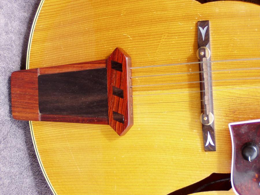 Eastman El Rey broken tailpiece-p5040002-jpg