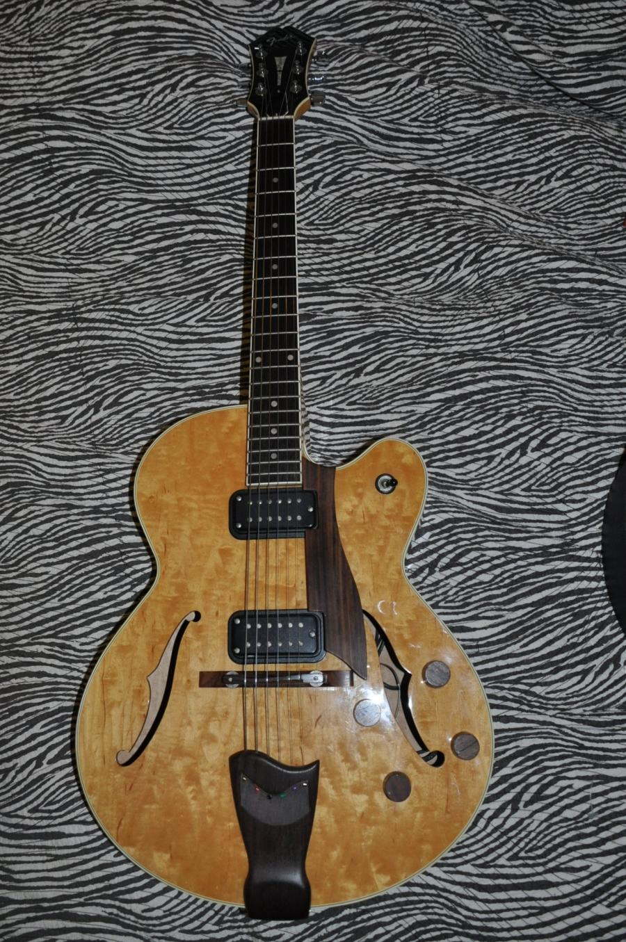 Is a Pickguard on Archtop Necessary?-fender_daquisto1-jpg