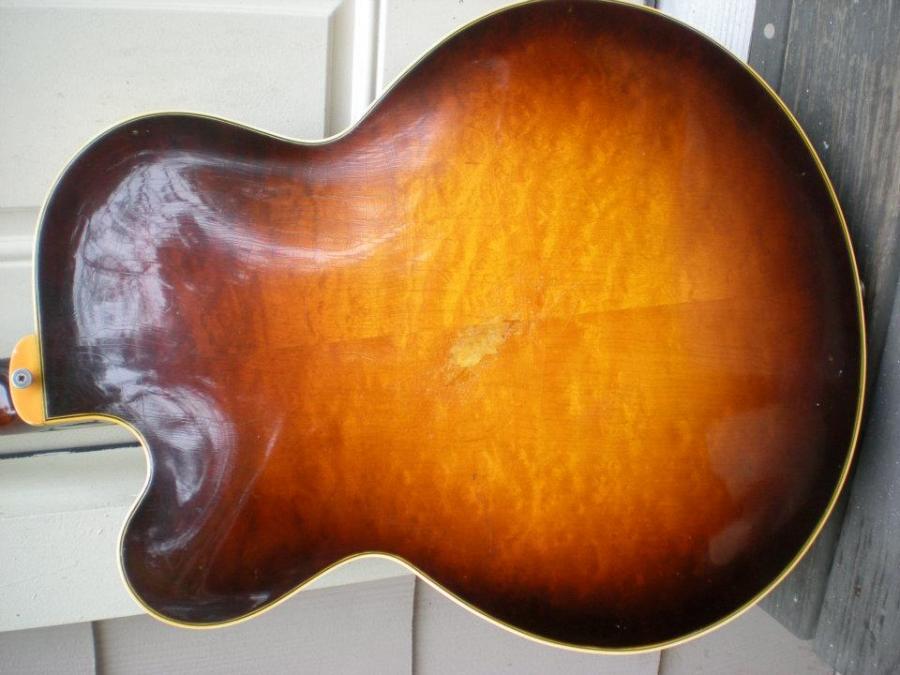 Gibson L7 vs L12 Vs L5?  Differences?-392238_10150472009694015_2134909302_n-jpg