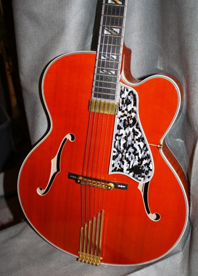 All three decades of the Gibson Johnny Smith-legrand-jpg
