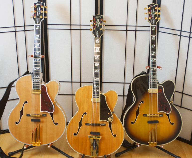 All three decades of the Gibson Johnny Smith-trio-jpg