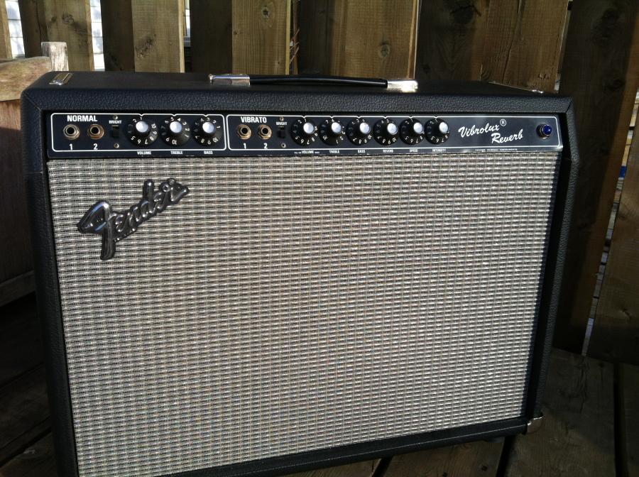 Fender Vibrolux Silverface Reverb-img_3352-jpg