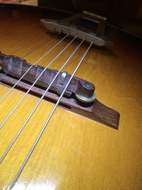 1956 Gibson ES 175-bridge-staple-4-frontside-good-pic-jpeg