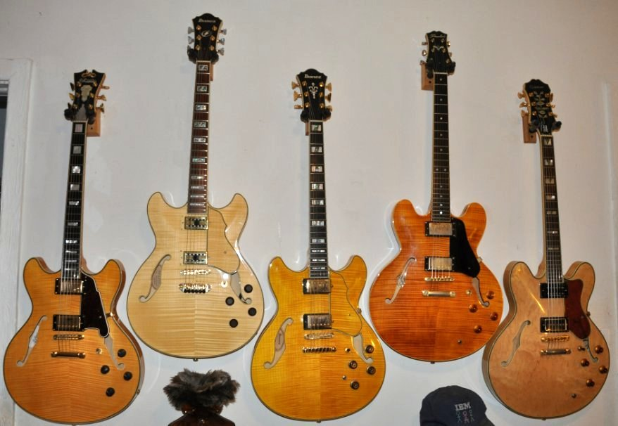 Post your guitar group photos!-blondes_f-jpg