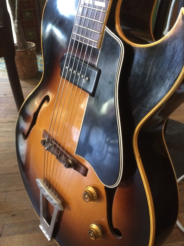 1956 Gibson ES-175-1956-es-175-pickguard-no-bracket-jpg