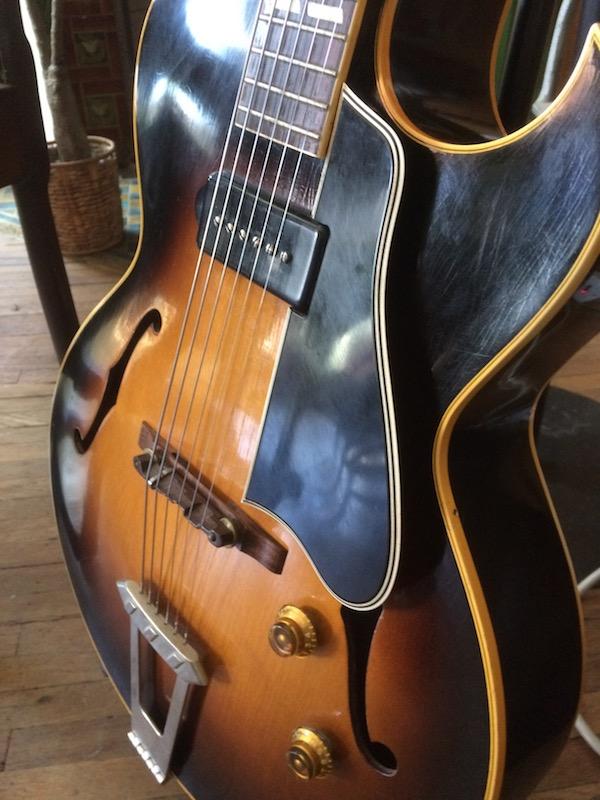 1956 Gibson ES 175-1956-es-175-pickguard-no-bracket-jpg