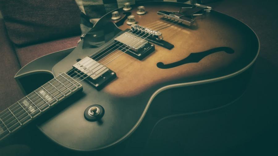 Best Jazz Guitar Under 00-epi175-jpg
