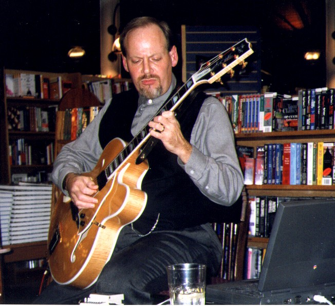 Heritage Guitar Uproar-jb-guitar01-jpg