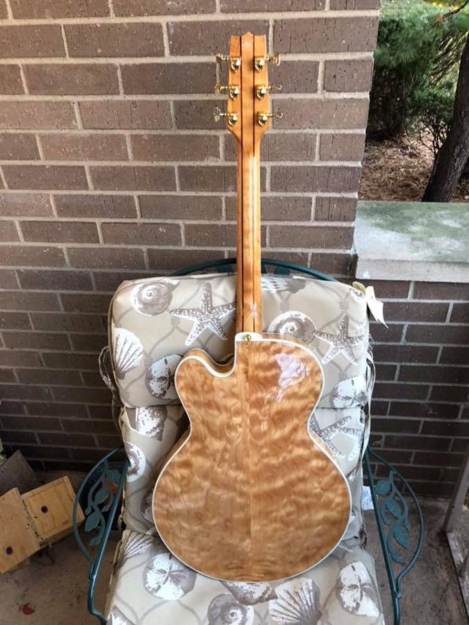 Heritage Guitar Uproar-0bc2b8e6-50dc-4e77-8ae3-a7ed2d59fa51-jpg