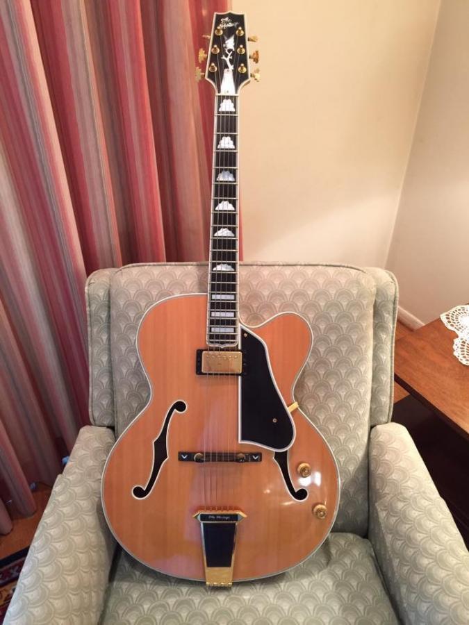 Heritage Guitar Uproar-8ecb2a8b-79e4-48d0-887b-1294f8a58bf7-jpg