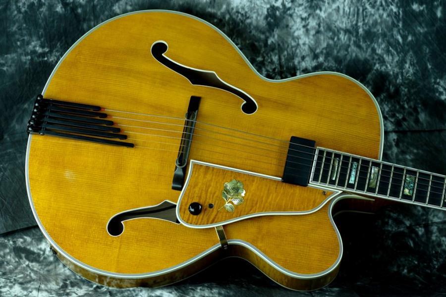 Heritage Guitar Uproar-40566410111_f219537aa4_b-jpg