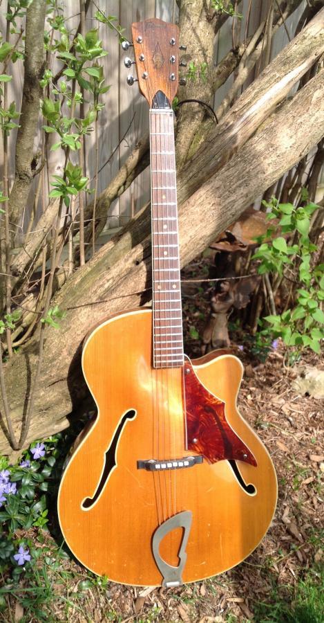 Refurbished old Framus guitar-7c6dbeb2-349e-41ee-8f76-a2b2bd9c34d7-jpg