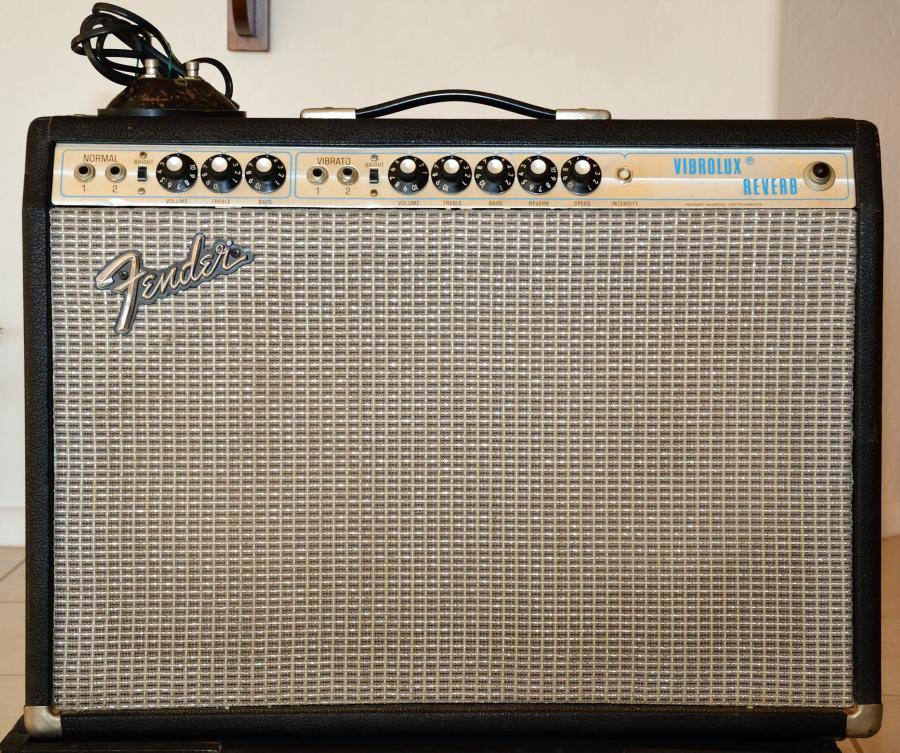Fender Silverface Vibrolux Reverb-amp (Early 70s)-fender-vr-gracie_01-jpg