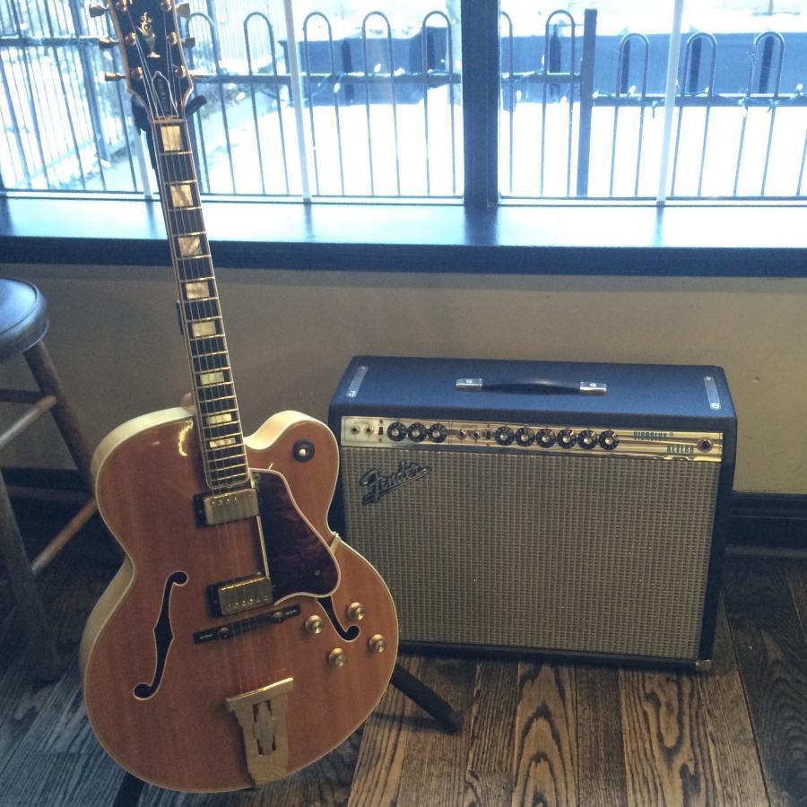 Fender Silverface Vibrolux Reverb-amp (Early 70s)-9fa66dbe-a89b-4e22-bf0a-e123dd9b1eb3-jpg