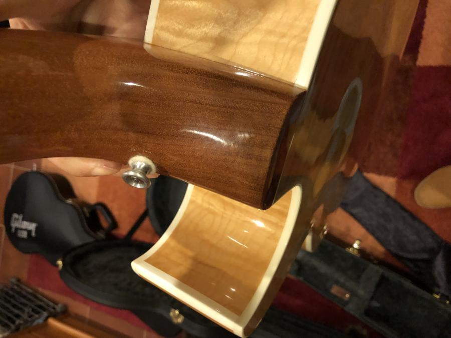 Gibson ES-175 - Strap Button Poll-img_9917-jpg