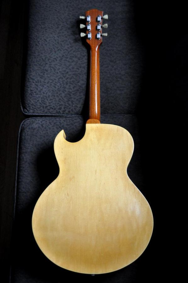 1953 Gibson ES-175-8685c8fd-5f74-4bc6-8b0a-dd893273b688-jpg