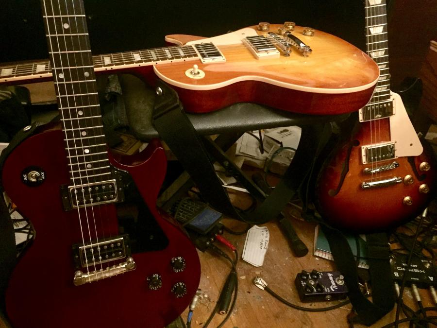 Gibson Les Paul - What well-known jazz guitar players have used one?-lespauls-jpg