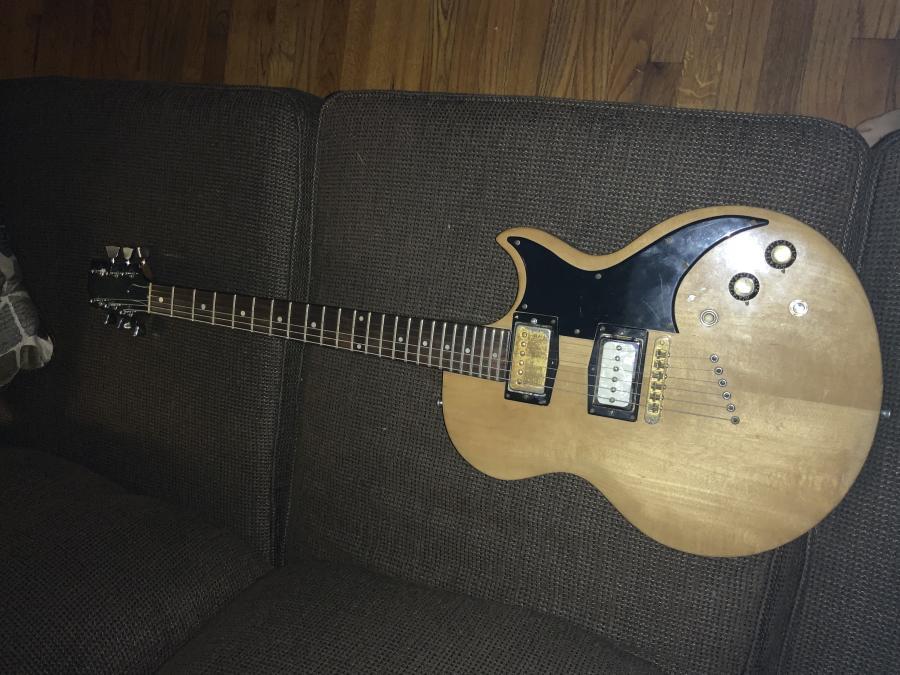 Real or Fake Gibson L6-Deluxe-dc8e0efc-60d7-4c60-92ae-d69731ea0350-jpg