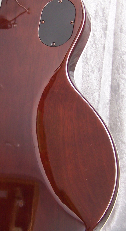 Why Gibson Les Pauls Are So Uncomfortable To Play-cbuc6-qcgk-kgrhqr-jgezr-eqm-1bnizlorsi-_3-jpg
