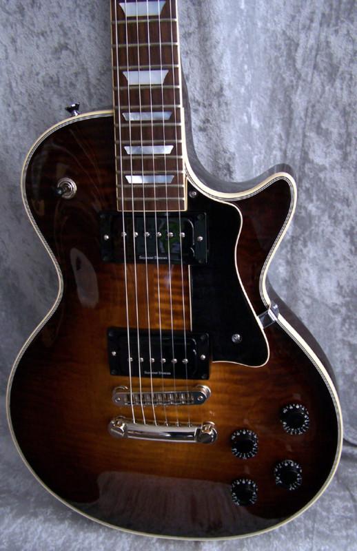 Why Gibson Les Pauls Are So Uncomfortable To Play-cbucvt-b2k-kgrhqf-meez-yvmj93bnizlhhnj-_3-jpg