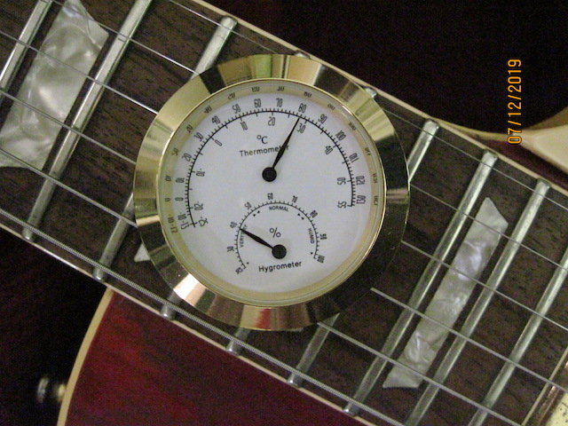 Looking for a small (relatively) inexpensive hygrometer-img_2885_sm-jpg