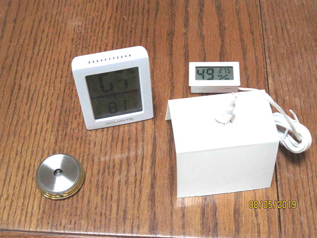 Looking for a small (relatively) inexpensive hygrometer-web_test3_2945_sm-jpg