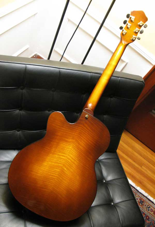 Modern jazz guitars with cello / violin like finish-arch46b-jpg