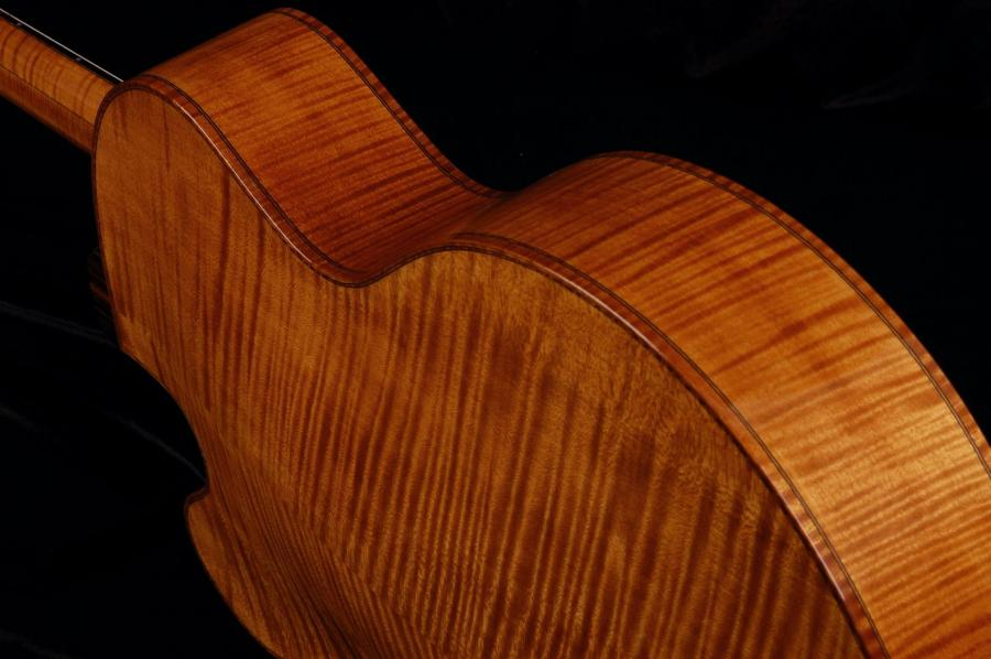 Modern jazz guitars with cello / violin like finish-koentopp-045-upper-side-jpg