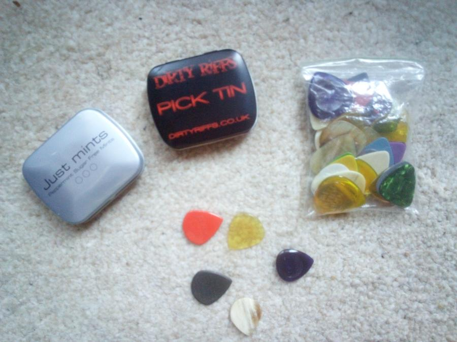 Guitar pick storage---what do you recommend?-picks-jpg