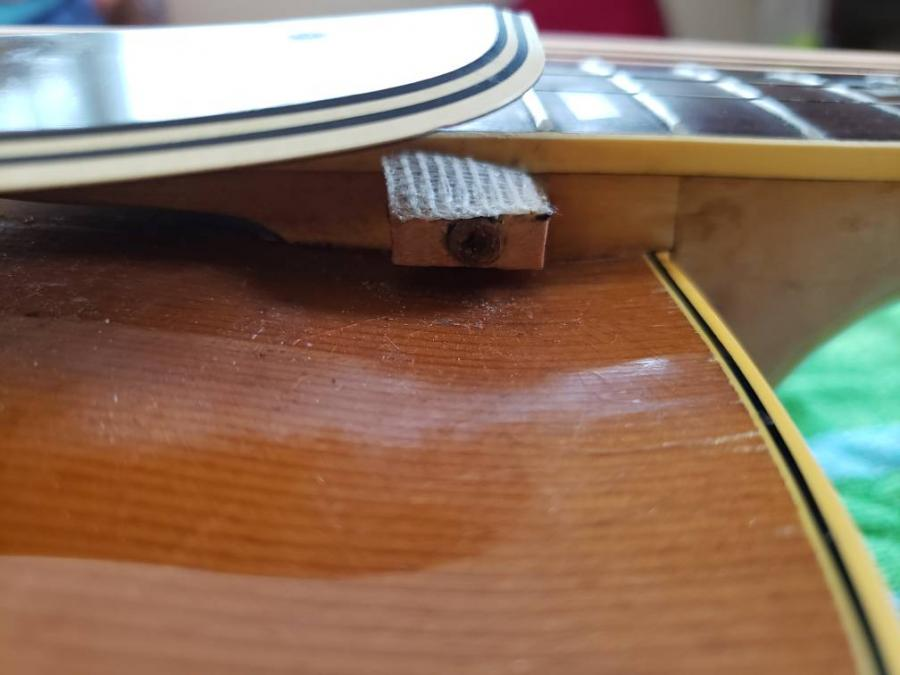 Anyone use the Allparts L5 inspired pickguard?-20190505_114524-jpg