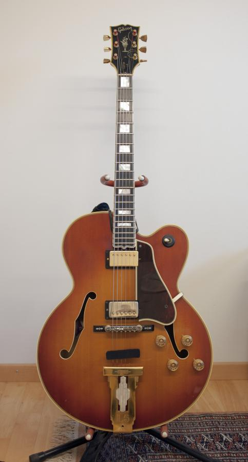 Anyone use the Allparts L5 inspired pickguard?-1970_l5ces-jpg